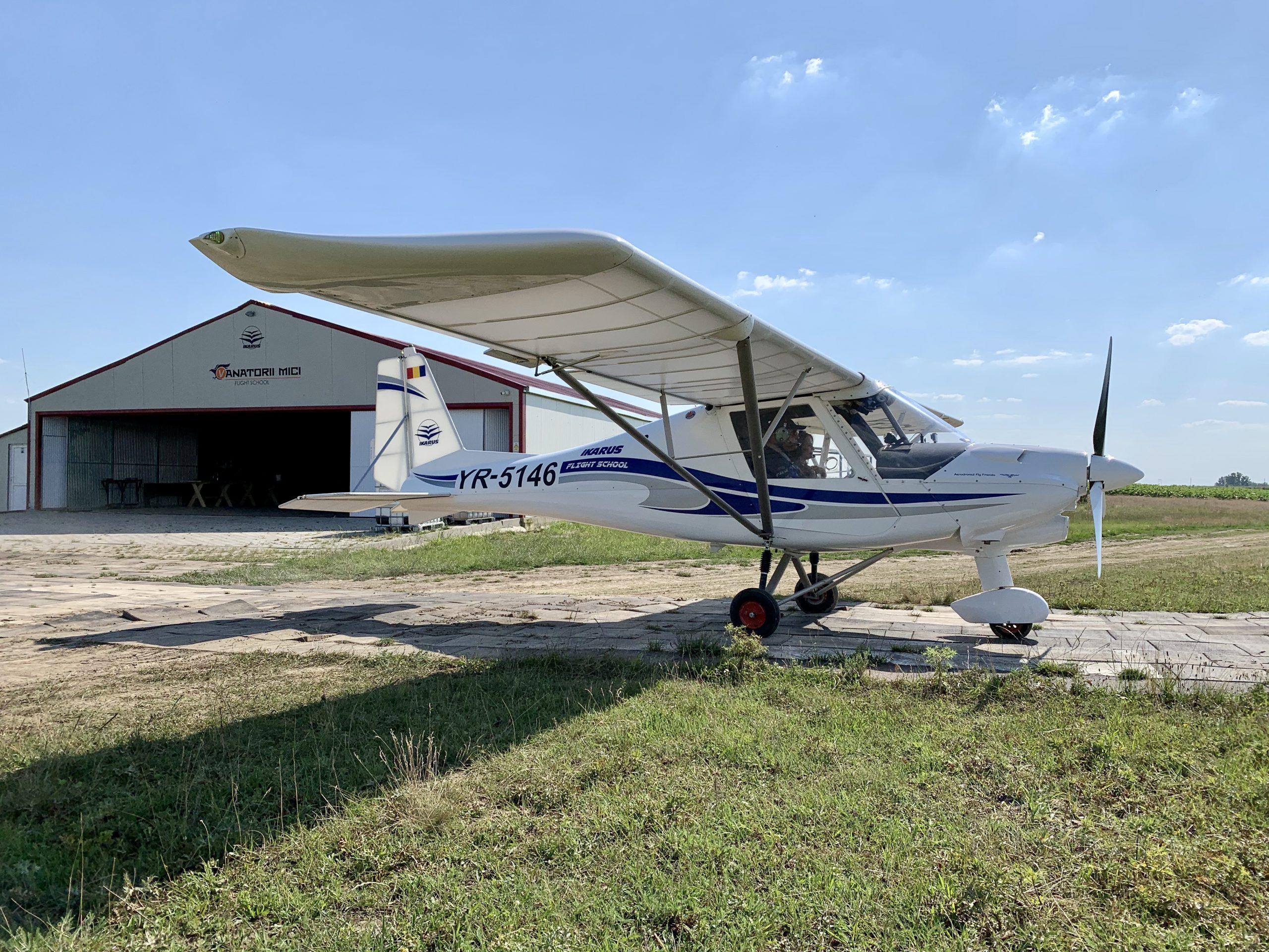 zbor avion vanatorii mici